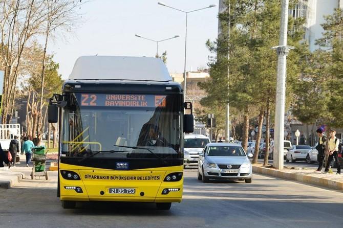 Diyarbakır'da okulun ilk günü ulaşım ücretsiz