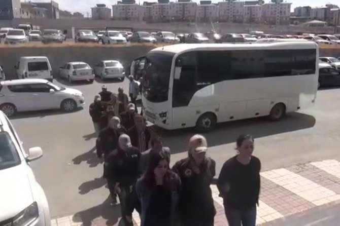 Van merkezli 6 ilde PKK operasyonu: 23 gözaltı