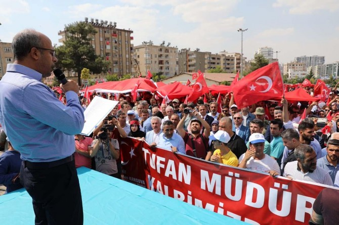"Mardin'de ""PKK'ye lanet, annelere destek"" mitingi"