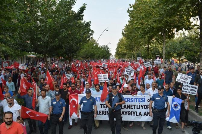 Batman'da PKK'ye lanet yürüyüşü yapıldı