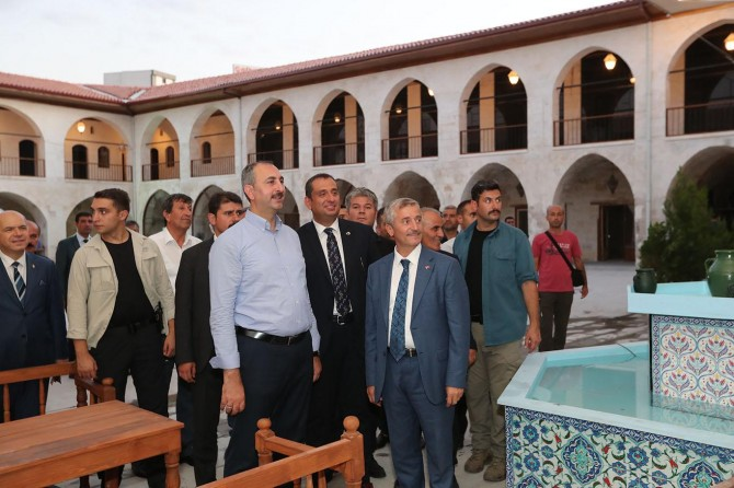 Bakan Gül: Tarihi Mecidiye Han Gaziantep'in önemli kültür mirası
