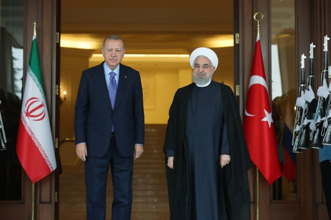 Erdoğan ve Ruhani ile bir araya geldi
