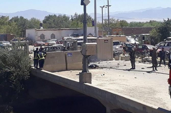 Êrîşa bombeyî li mîtînga Serokomarê Efxanistanê hat kirin: 14 mirî