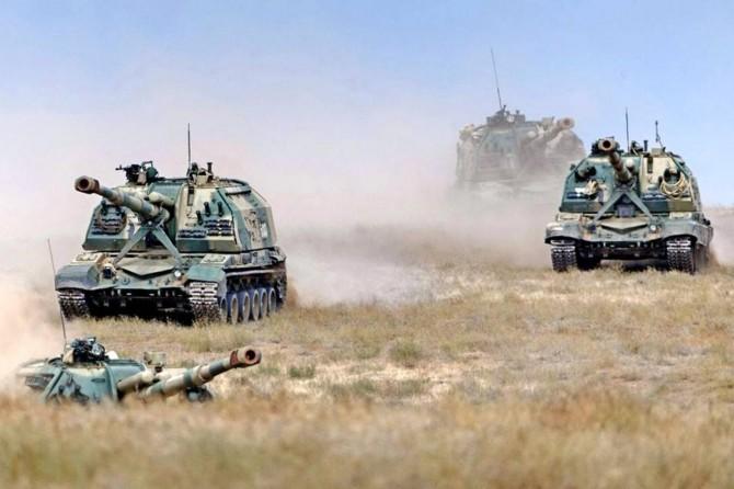 Rusya'da geniş çaplı askeri tatbikat başladı