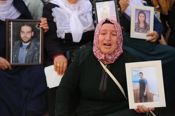 Ağıtla Cumhurbaşkanına seslenen aileler: Çocuklarımızı o zalimlerin elinden kurtarın