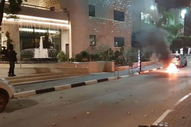 Siyonist çeteler Ramallah'a saldırdı: 10 yaralı