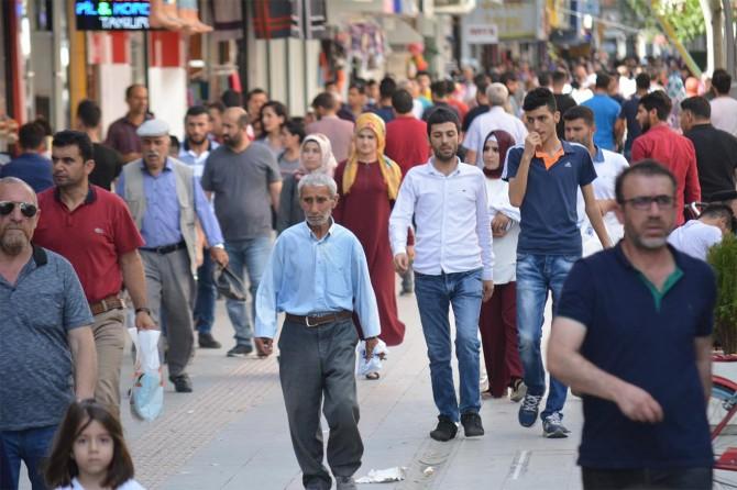 Vatandaşlardan işgalci çetelere tepki