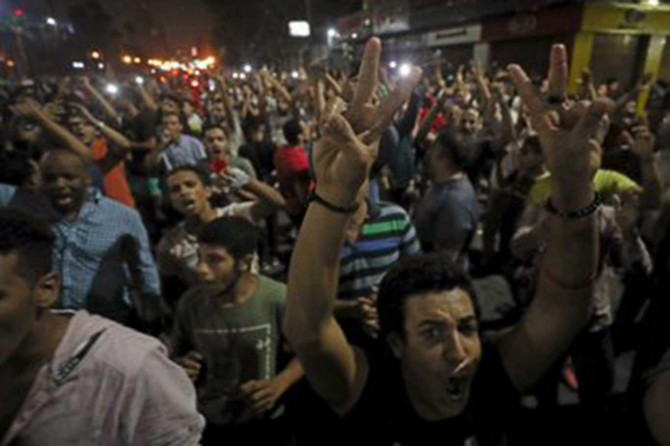 Egyptians take to the streets against coupist Sisi