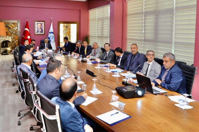 Bingöl'de KÖYDES il tahsisat komisyonu toplantısı