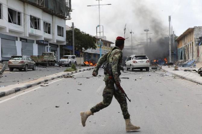 Somali'de ABD üssüne bombalı saldırı