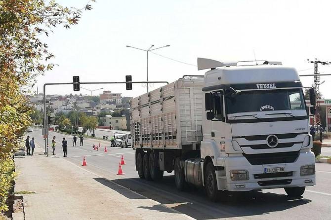 Çınar'da kamyonun çarptığı engelli genç ağır yaralandı