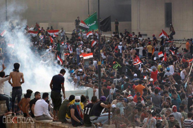 Twelve killed, scores injured in anti-government demonstrations in Iraq