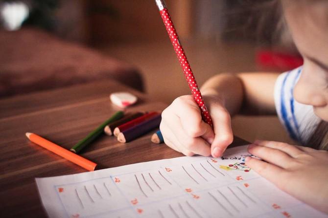 Okul alışverişinin yüzde 57'si mobil cihazdan yapıldı