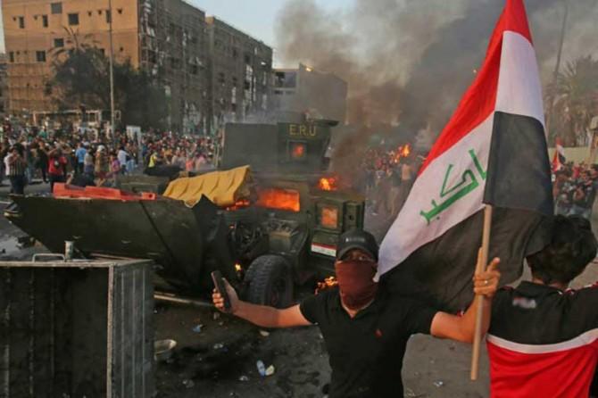 Hejmara kesên ku li Iraqê di xwepêşanan de mirin de derket 100î