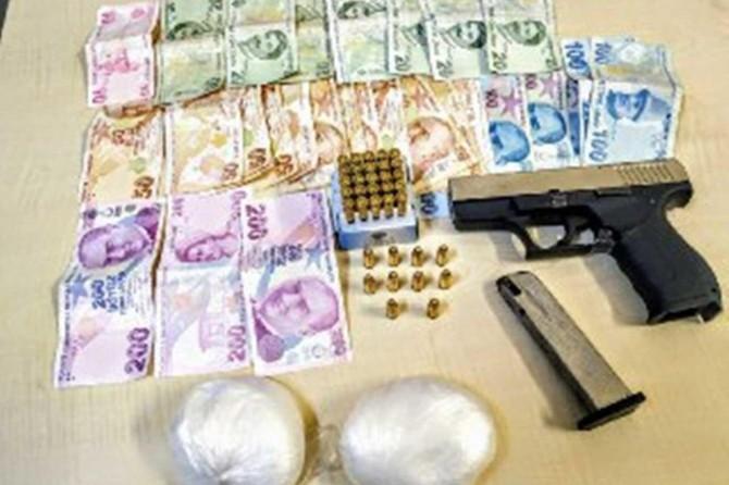 Gaziantep'te uyuşturucu ile yakalanan 2 şüpheli gözaltına alındı