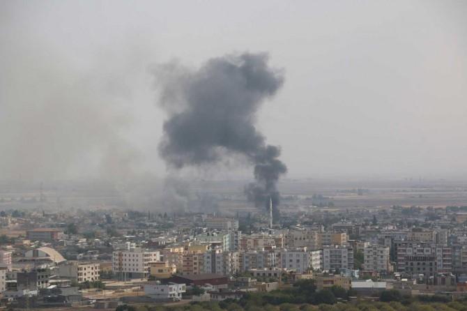 Resulayn şehir merkezinden dumanlar yükseliyor