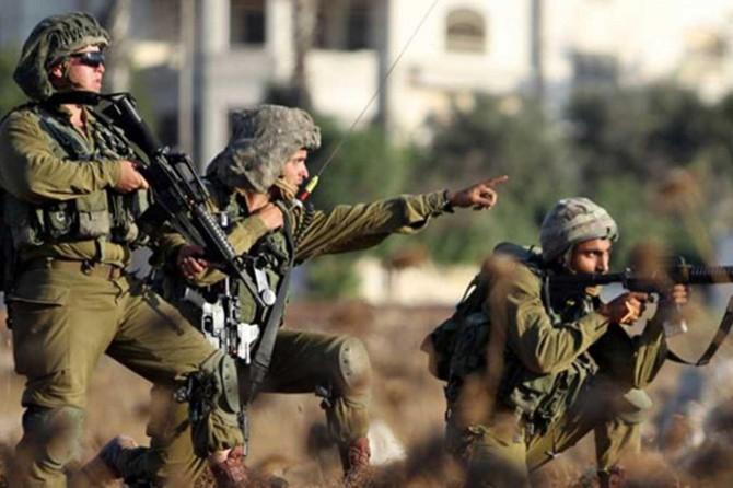 İşgalci siyonistlerin baskınında Filistinli bir genç ağır yaralandı