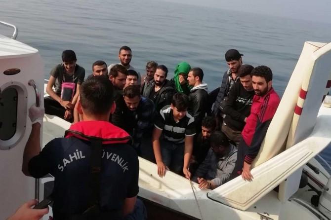 81'i çocuk 188 düzensiz göçmen yakalandı