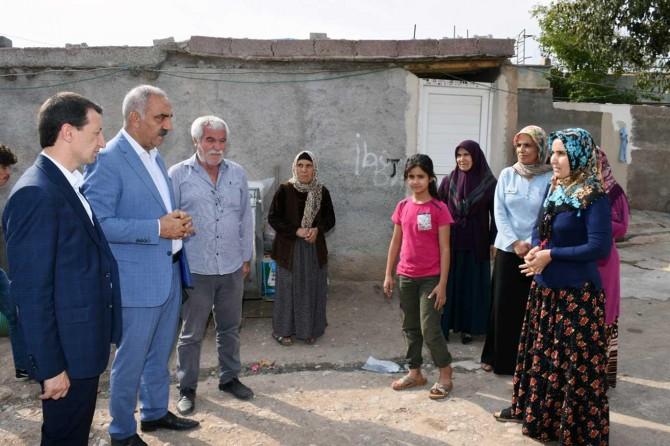 Hilvan Belediye Başkanı Bayık Ceylanpınarlı aileleri ziyaret etti