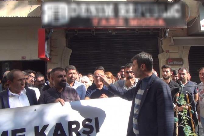 HDP'li vekillere 'Sivillere havan atan terörü mü destekleyeceksiniz?' tepkisi