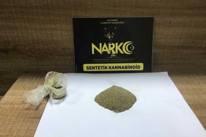 Adıyaman'da uyuşturucu satıcılılarına operasyon: 3 tutuklama