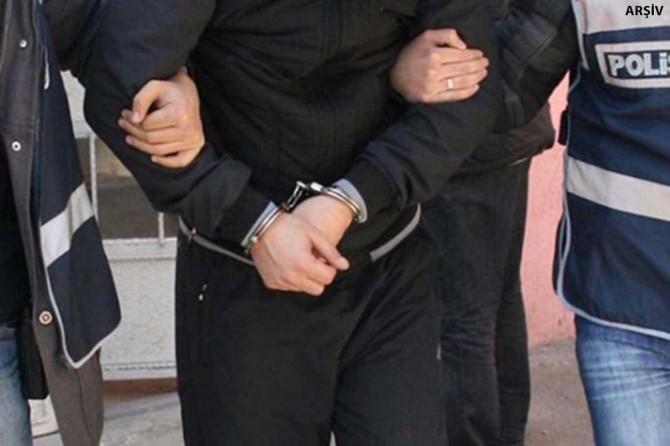 Gaziantep'te otobüs duraklarında yankesicilik yapan şüpheli tutuklandı