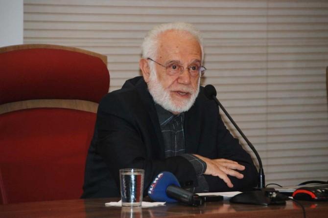 Prof. Dr. Sırma: Müslümanlar hilafeti bırakınca çöküş başladı