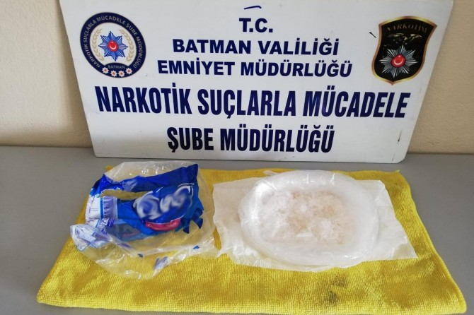 Batman'da metamfetamin maddesi nedeniyle 2 kişi tutuklandı