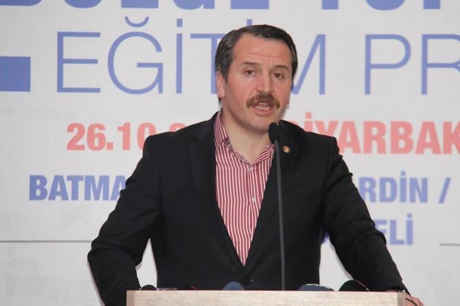 Eğitim Bir Sen 10. Bölge toplantısını Diyarbakır'da gerçekleştirdi