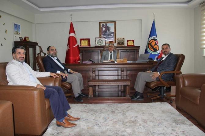 HÜDA PAR Diyarbakır İl Başkanlığından Vakıflar Bölge Müdürlüğüne ziyaret