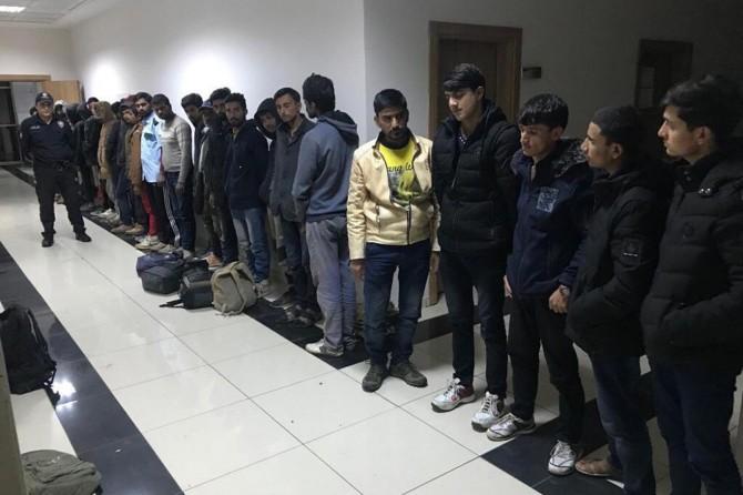 Gaziantep'te 28 düzensiz göçmen yakalandı
