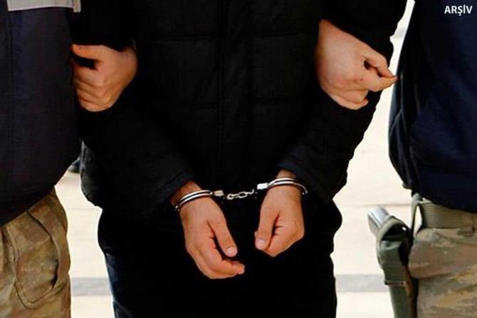 Doğubayazıt'ta eşi ve kızının yüzüne naylon damlatan şahıs tutuklandı