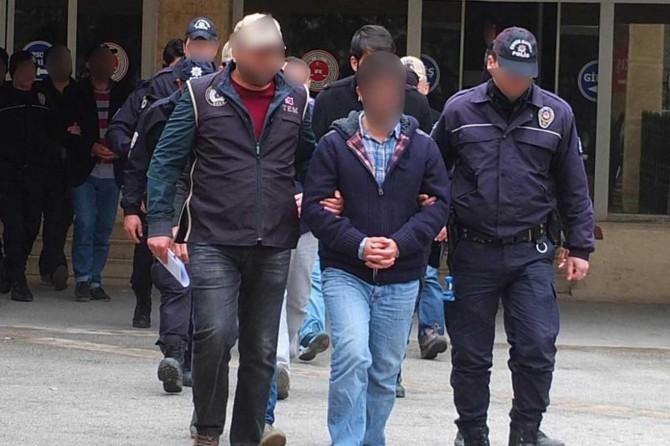 Mardin merkezli FETÖ operasyonu: 10 gözaltı