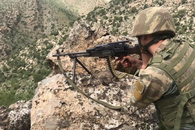 Irak'ın kuzeyinde 8 PKK'li öldürüldü