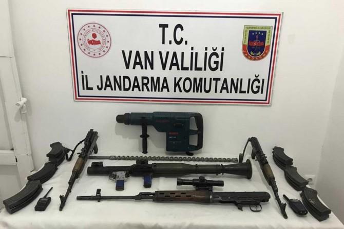 Van'da PKK'ye ait çok sayıda silah ve mühimmat ele geçirildi
