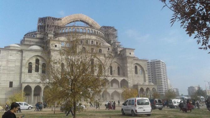 Gaziantep'te cami inşaatında çökme: 1 kişi göçük altında