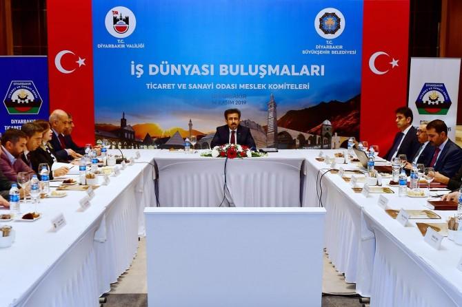 İş dünyası temsilcileri Diyarbakır'da bir araya geldi