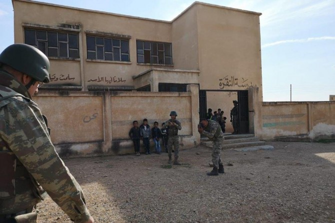 PKK/YPG, Resulayn'da okulu mevzi yapmış