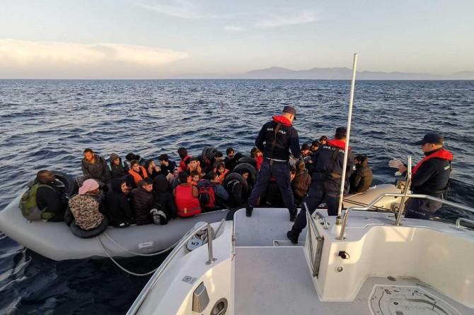 108'i çocuk 278 düzensiz göçmen yakalandı