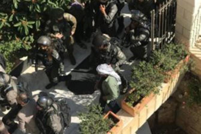Siyonistler Kudüs Valisini gözaltına aldı