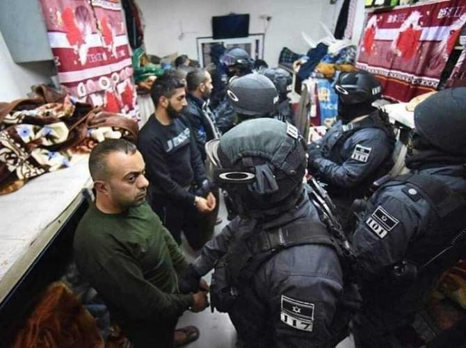 Zionist gangs raid cells, assault prisoners in Nafha jail