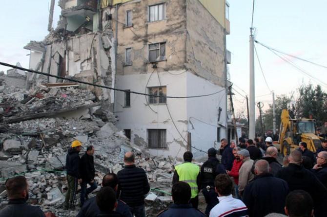 Arnavutluk'taki depremde ölü sayısı 16'ya yükseldi
