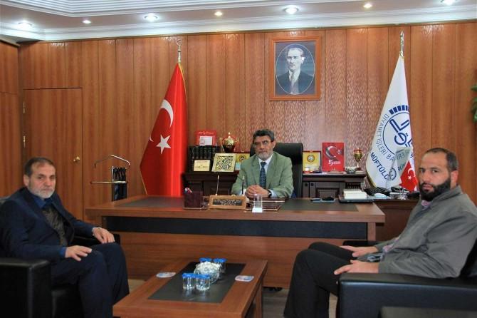 HÜDA PAR Bitlis İl Başkanlığından il müftüsüne taziye ziyareti