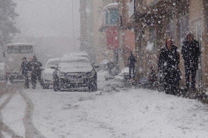 Meteoroloji uyardı: Kar ve kuvvetli yağış geliyor