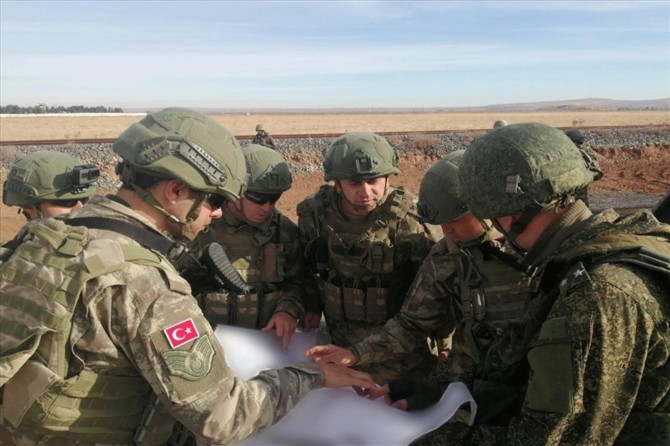 Turkey-Russia complete thirteenth joint patrols in Syria, Turkish Defense Ministry says