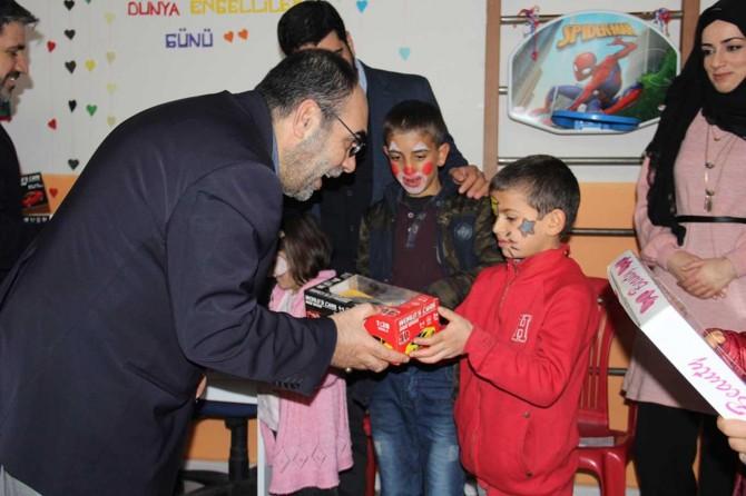 HÜDA PAR Diyarbakır İl Başkanından engellilere ziyaret