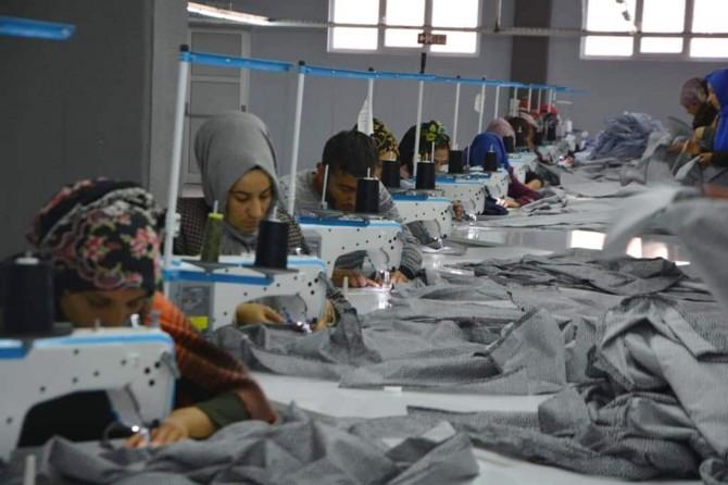Viranşehir'in ilk tekstil fabrikasında çalışmalar başladı