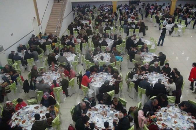 Engelli vatandaşlar yemekte buluştu