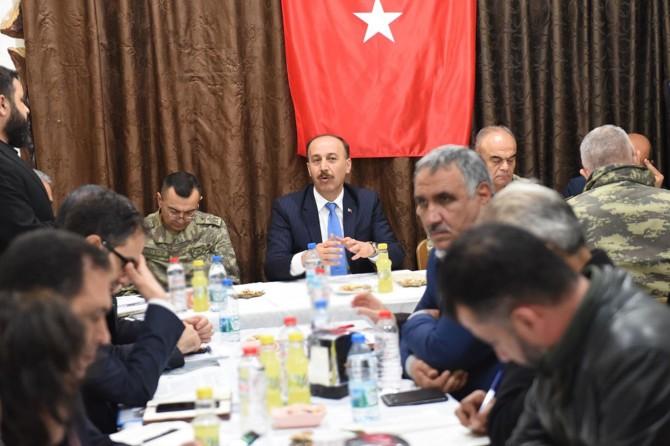 Vali Erin: Tel Abyad ve Resulayn'da 4 bin polis alınacak