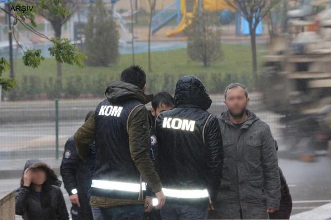 Mardin'de FETÖ operasyonunda 9 gözaltı